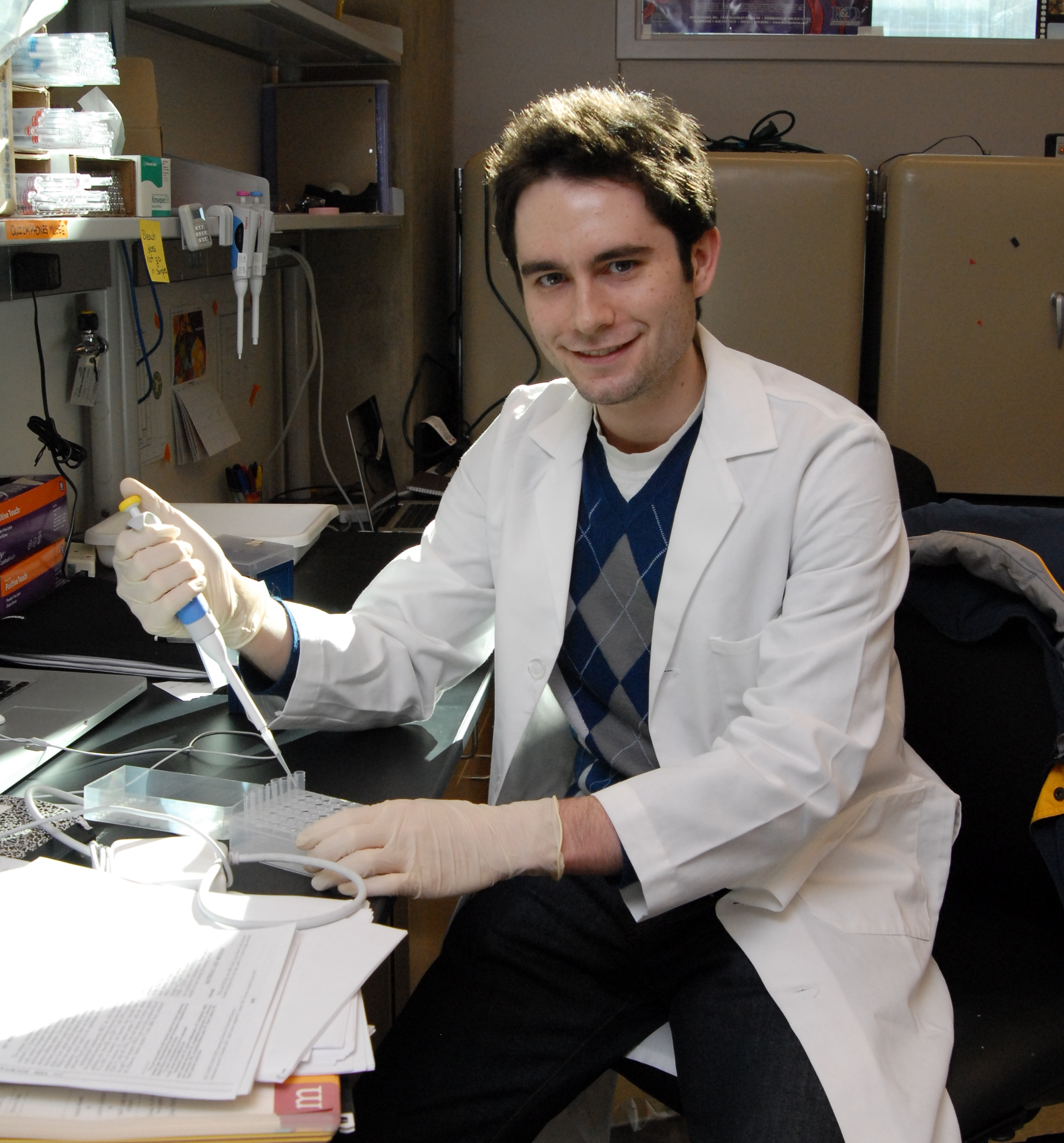 MD/PhD student Jason Schenkel