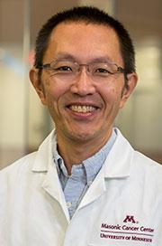 U of MN MSTP Director Yoji Shimizu, PhD